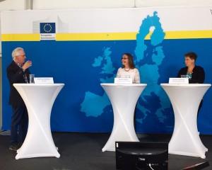 Europaparlamentariker Bodil Valero och riksdagsledamot Emma Nohrén intervjuas av journalisten Herman Melzer om MP:s EU-politik.